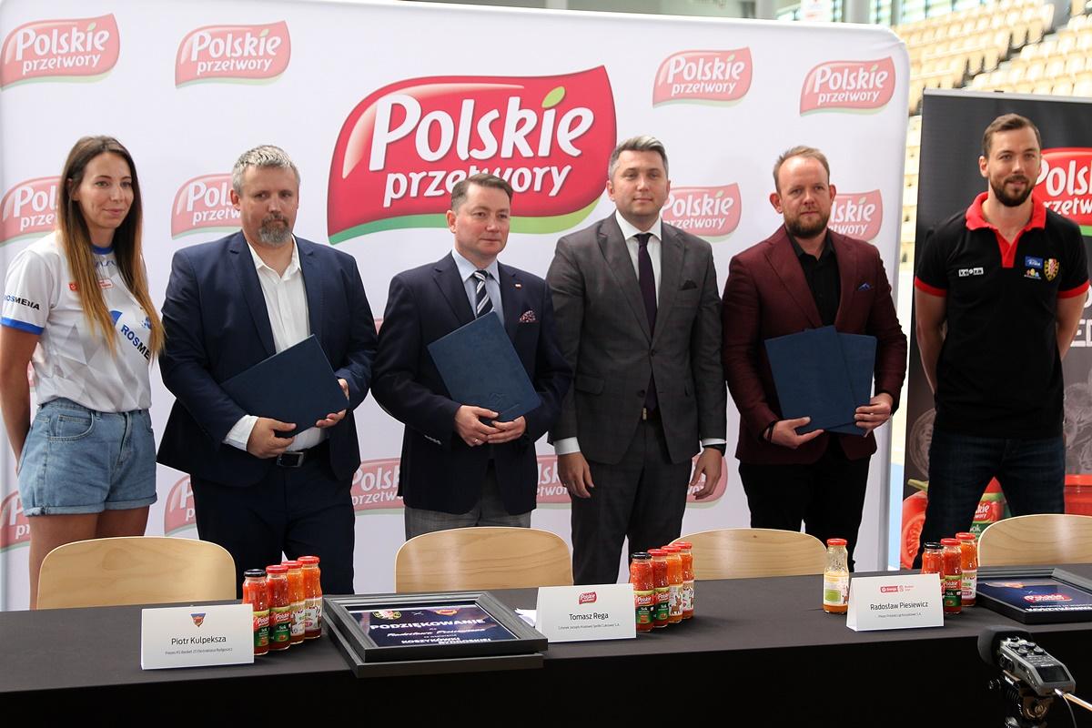 Karina Michałek, Piotr Kulpeksza, Tomasz Rega, Radosław Piesiewicz, Bartłomiej Dzedzej, Michał Chyliński