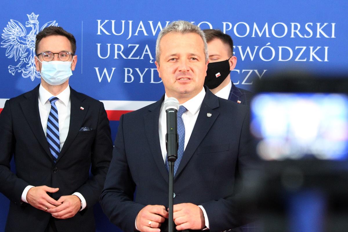 Mikołaj Bogdanowicz, Waldemar Buda