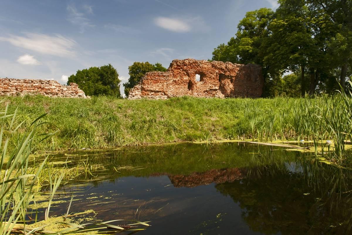 zamek szubin