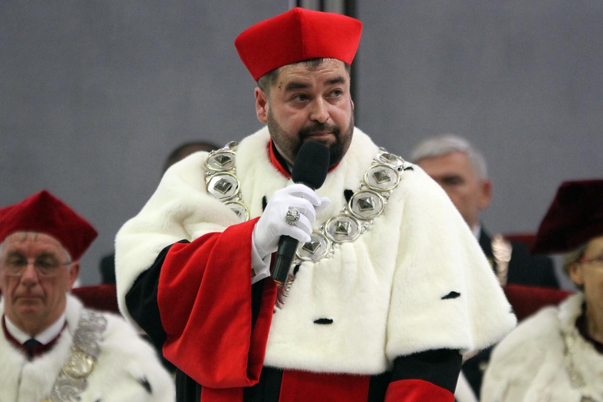 prof. Marek Adamski