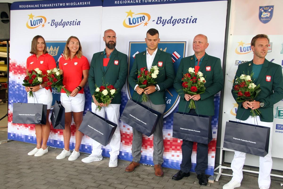 Joanna Dittmann, Monika Chabel, Mikołaj Burda, Mateusz Biskup, Robert Sycz, Michał Kozłowski