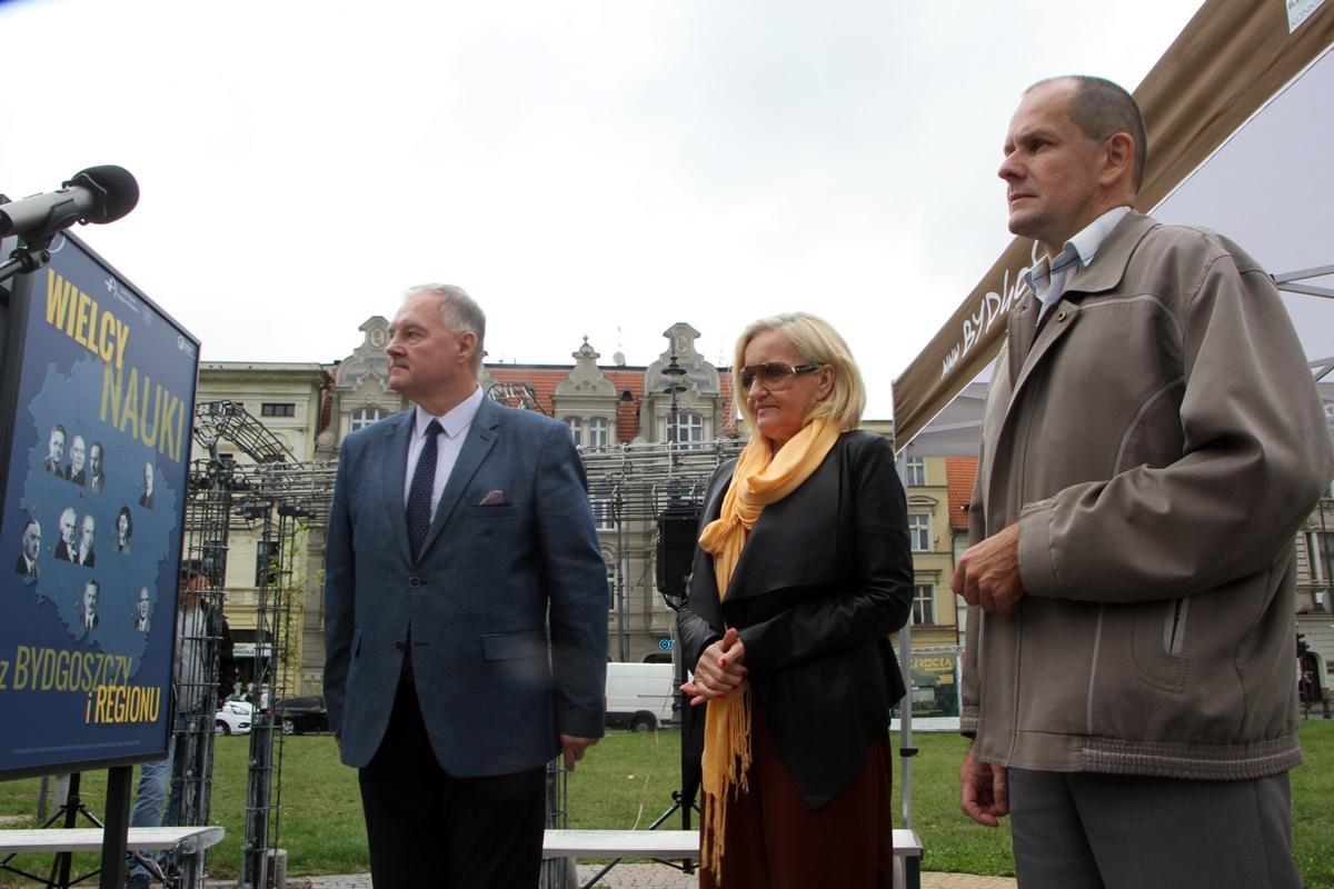 Adam Gadomski, Anna Zielińska, Jarosław Chrostowski