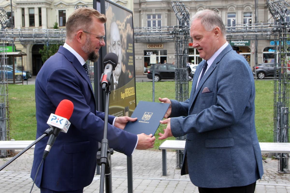 Mirosław Kozłowicz, Adam Gadomski